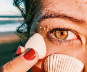 eye, tanned skin, and girl image