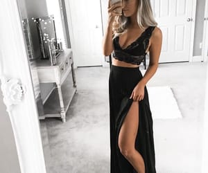 aesthetic, black, and pretty image