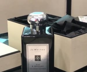 perfume and jo malone image