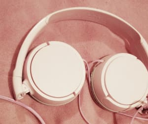 aesthetic, headphone, and pink image