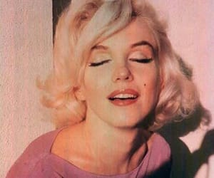 Marilyn Monroe, vintage, and pink image