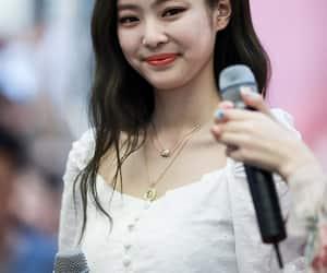 girl, yg entertainment, and kim jennie image