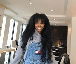 sza and style image
