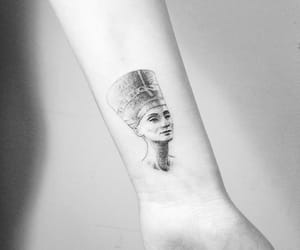 black and white, cleopatra, and egypt image