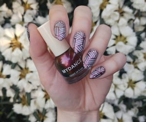 aesthetic, colours, and manicure image