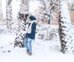 hijab, hijabstyle, and snowtime image