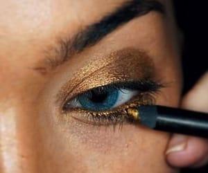 gold and make up image