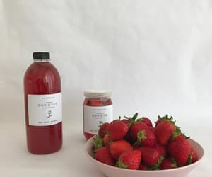 strawberry, aesthetic, and red image