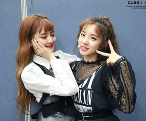 minnie, yuqi, and (g)i-dle image