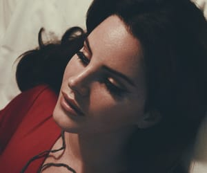 lana del rey and red image