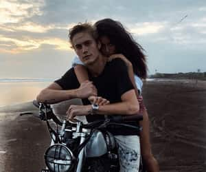 neels visser, cindy kimberly, and couple image