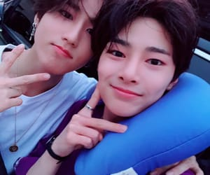 stray kids, jeongin, and han image