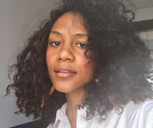 aesthetic, curls, and minimalist image