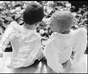 baby, blanco y negro, and angelitos image