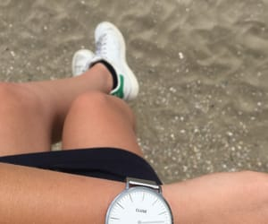 sun, stan smith, and montre image