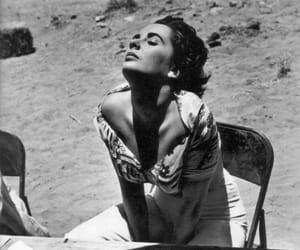 Elizabeth Taylor, giant, and Texas image