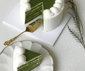 green, aesthetic, and cake image