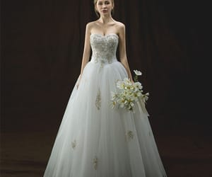 bridal, lace, and sweetheart wedding dress image