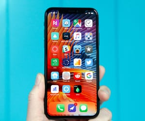 iphone x plus review image