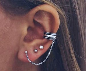 earring, jewerly, and piercing image