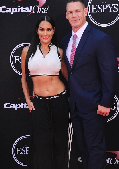 article, nikki bella, and hollywood image
