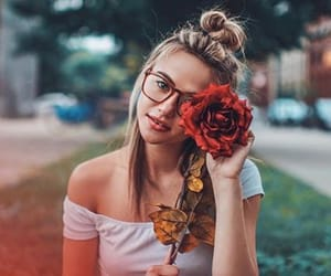 girls, roses, and photography image