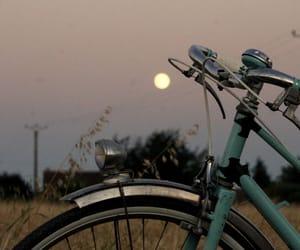 bike, campagne, and lune image