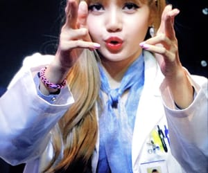 lisa, preview, and fansign image