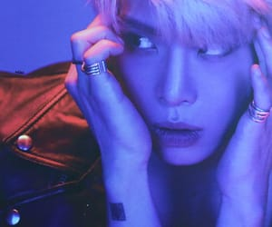 asian, SHINee, and kim jonghyun image