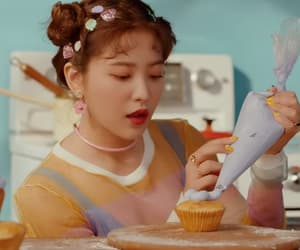 red velvet, yeri red velvet, and cookie jar mv image