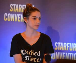 convention, adelaide kane, and once upon a time image