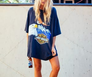 blondie, graffiti, and cool girl image