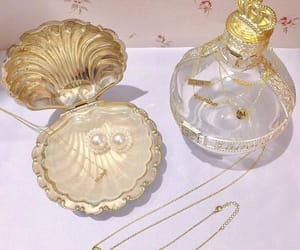 mermaid, pearls, and aesthetic image