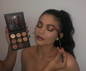 kylie jenner, kylie cosmetic, and make up image