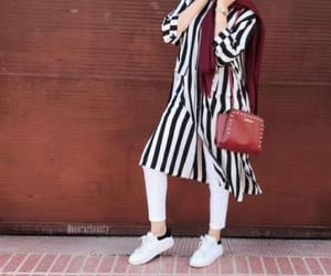 striped chemise hijab image