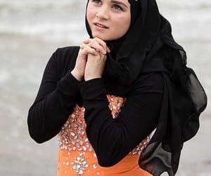 hijab, muslimgirl, and hijabfashion image
