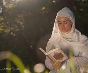 beautiful, hijabifashion, and hijabistyle image