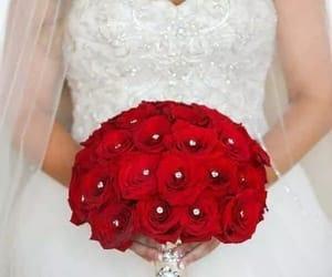 amor, flores, and parejas image