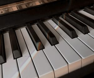 aesthetic, music, and piano image