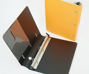3 ring binder image