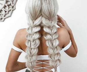 blonde, tresse, and coiffure image