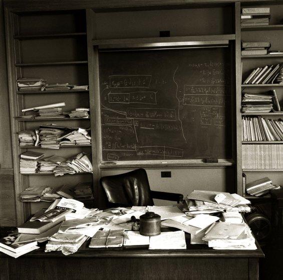 Albert Einstein, articles, and genius image