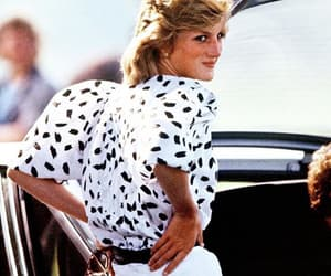 diana, fashion, and princess diana image