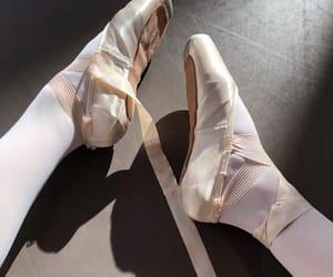 ballet, dancing queen, and pointe image