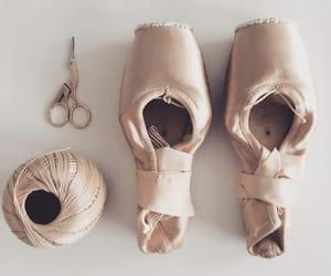 ballerina, dance, and Queen image