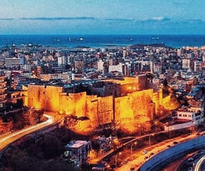 castle, crusades, and city image