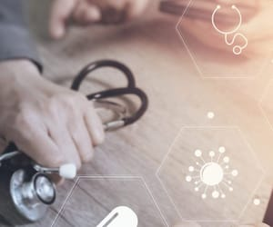 healthcare seo, medical seo companies, and health content marketing image