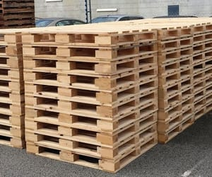 export crates and export pallets image