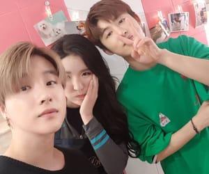 bi, Ikon, and jinhwan image