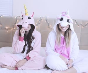 unicorn, friends, and girls image